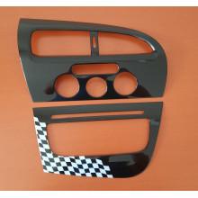 ozdobný dekor pro středový panel SEAT Leon 1P9064716B