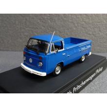 1:43 VW Typ T2b Pritschenwagen / Pickup 1973 Neptunblau