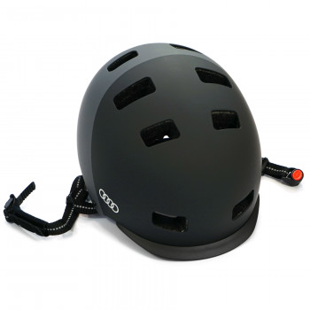 helma Audi přilba MTB cyklo Audi e-skútr cyklistická helma Uvex ochrana hlavy